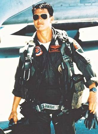top_gun_maverick_tom_cruise_suited.jpg